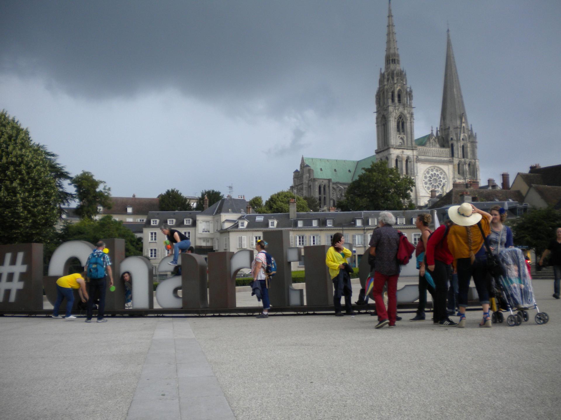 Ici c'est Chartres ^^